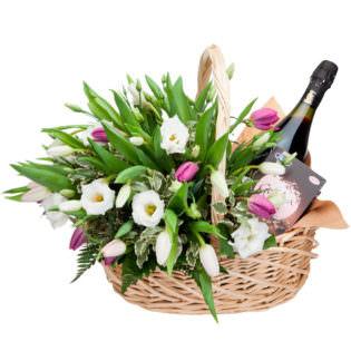 Цветы в корзинке «На праздник»