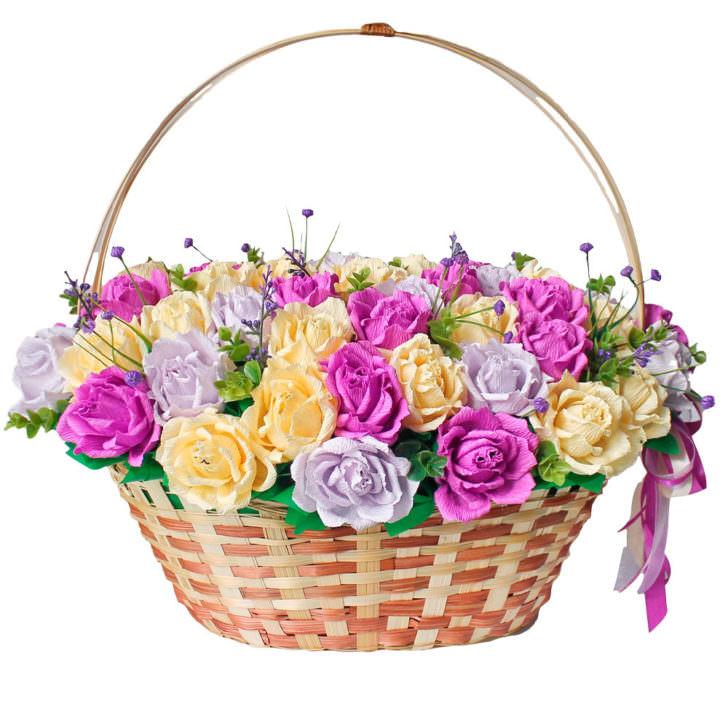 """Цветы в корзинке """"Поцелуй"""""""