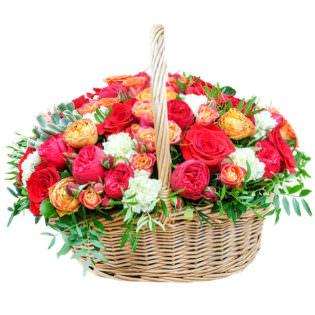 Цветы в корзинке «Вернисаж»